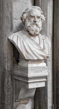 Longfellow bust, Westminster Abbey