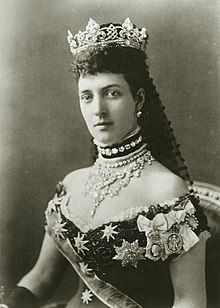 Alexandra, Princess of Wales in court dress with diamond necklace and crown